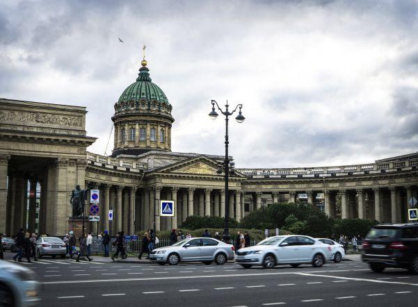 В Петербурге туристы потратили на майских праздниках почти 1 млрд рублейэто в 2,1 раза больше, чем в первой половине января